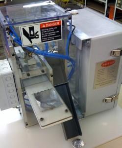 TTDF diefold semi-automatic wrapping machine